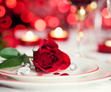 Romantic Valentines Day Place Setting Horiz